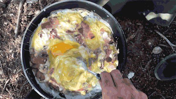 5a4504d75567a_camping_breakfast.jpg