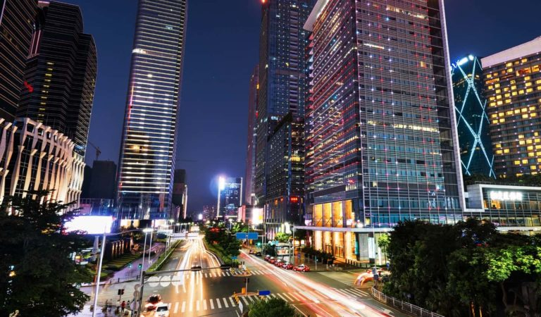 Video: Busy city timelapse